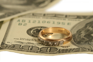 On hundred dollars the ring lays.