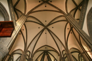 interior de iglesia san juan en Arucas Gran Canaria