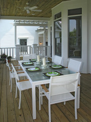 Luxury 4 - Dining Patio 1