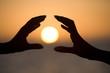 les mains du soleil