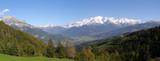 Fototapety Panoramique Mont Blanc et vallée en automne
