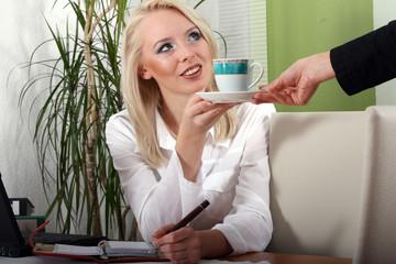 Büroarbeit - Kaffee Pause
