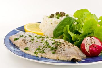 gourmet matjes filet mit soße und salat 3