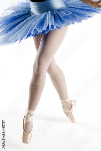 legs on pointe with blue tutu