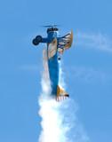 O vertical biplan