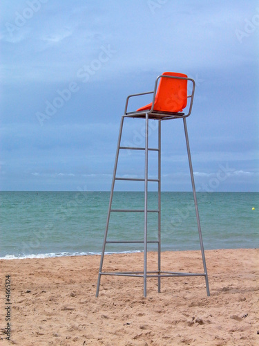 Chaise haute plage photo libre de droits sur la banque d for Chaise de poste