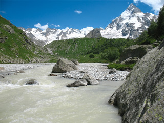 mountains and river closer