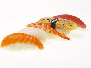 nigiri sushis japanische häppchen