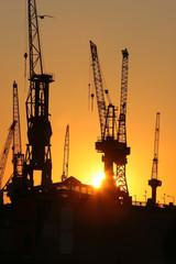 Sonnenuntergang am Hafen IX
