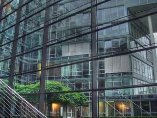 Fenster in Bürohochhaus in Köln - Mediapark