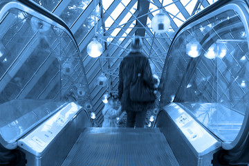 Mooving escalators and stairs