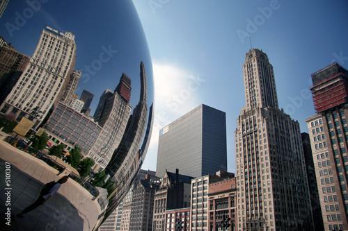 Fotobehang Grote meren Wolkenkratzer-Spieglung im Millenium Park in Chicago