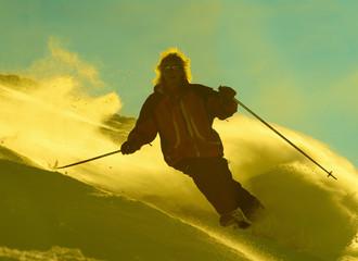 men tear on ski