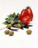 pomodori,olive e basilico