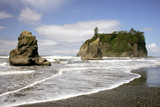 Waves and rocks on Rubi Beach, Olympic NP, Washington poster