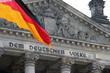 Reichstag mit Fahne, Berlin