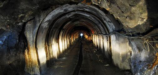mine tunnel light