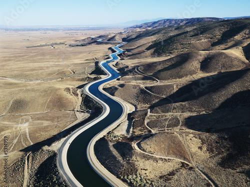Leinwanddruck Bild Aerial of aqueduct.