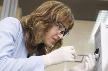 chemist inject in chromarograph