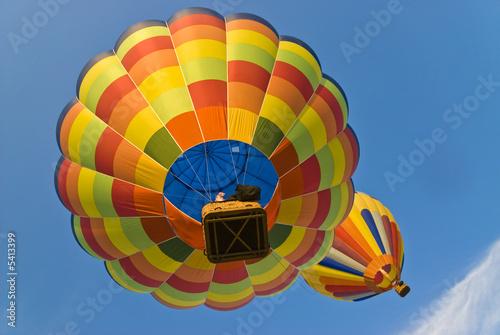 Deurstickers Ballon hot air balloons from below