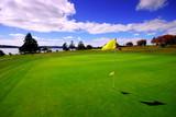 Fototapety Green on beautiful Golf Course