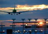 Flugzeug im Landeanflug