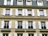 Façade aux volets blancs, quartier latin, Paris poster