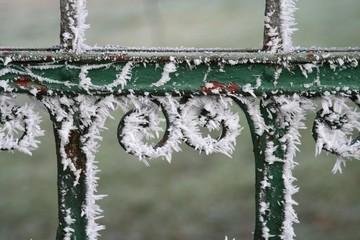 Reif am Zaun im kalten Niedersachsen