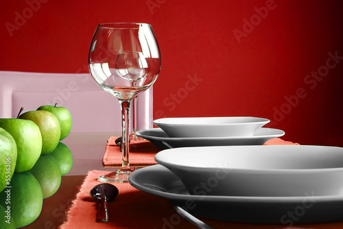 Modern red Table Setting