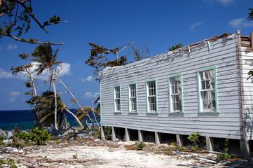 case distrutte dal passaggio del ciclone