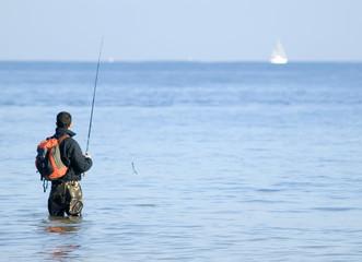 Pescador en el mar