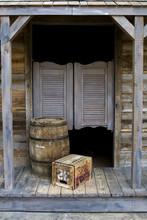 Western Saloon Style z beczki i pole