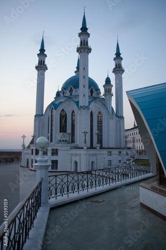 kul scharif moschee in kazan am abend