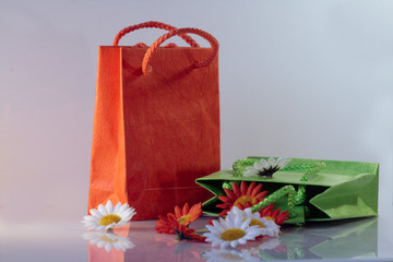 shopping bags with flowers white and orange 3