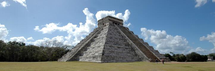 forza e possenza della Piramide Maya di Chichenitza in Messico