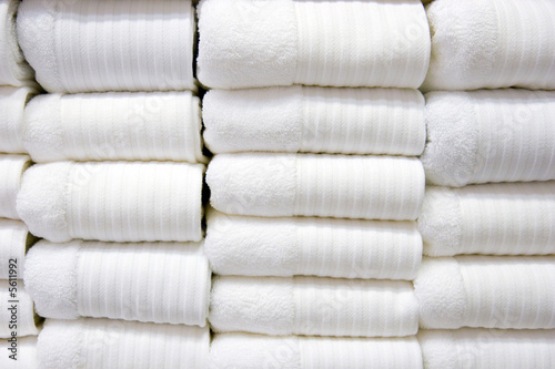 White Bath Towels - 5611992