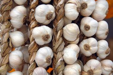 Hanging legumes of fresh garlic