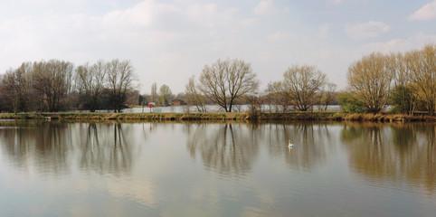 lake water kingsbury water park warwickshire midlands