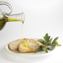 sliced bread with olive oil