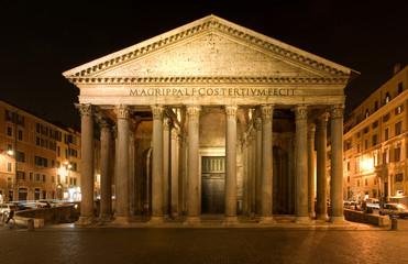 Pantheon, Roma notturna, Italia