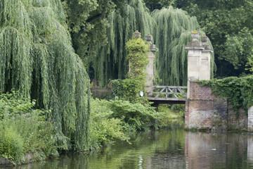 Park bei der Burg Hülshoff im Münsterland