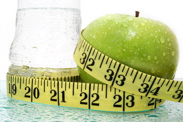 apple water and measure