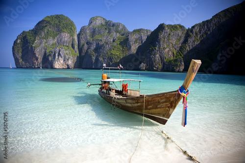 canvas print picture  Maya Bay, Koh Phi Phi Ley, Thailand.