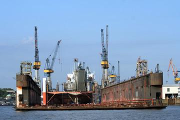 Dock, Trockendock, Schiff