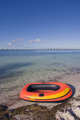 Pontoon waintin on the beach - Bahia Honda State Par
