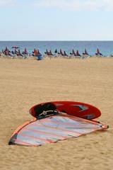 Windsurf sulla spiaggia