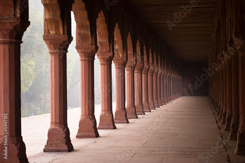 Entrance corridor to the Taj Mahal in the early morning fog|5947185