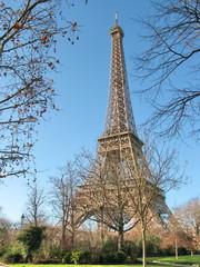 Paris, Tour Eiffel en hiver, Ciel bleu