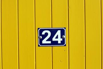 vingt quatre