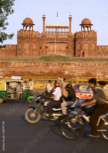 traffic infront of red fort, delhi, india